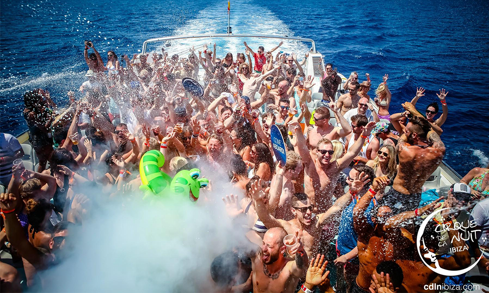Darius Syrossian Played For 2 Hours On A Boat Last Week… Here's What Happened