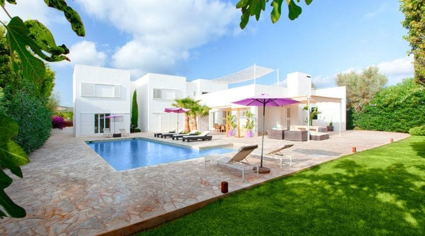 Spectacular Villa For Up To 10 People Just Minute From Playa d'en Bossa! Villa Patxi