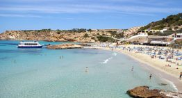 Here's How To See 2 Of Ibiza's Most Beautiful Beaches Without Having To Rent A Car Or Take A Taxi