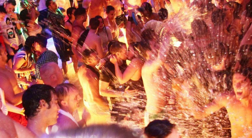 San Antonio Nightclub Flooded With 80,000 Litres Of Water